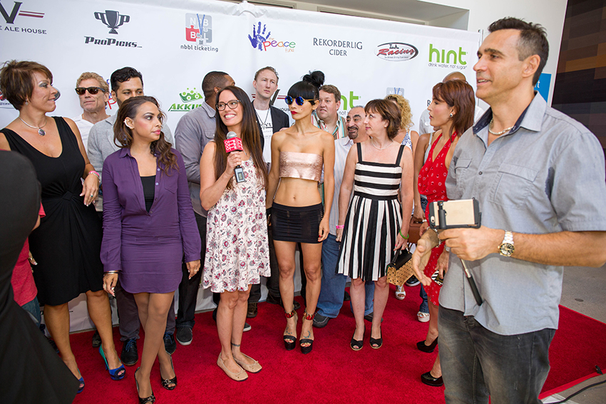 peace-fund-celebrity-poker-tournament-2015-38.jpg