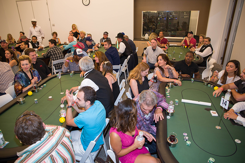 peace-fund-celebrity-poker-tournament-2015-47.jpg
