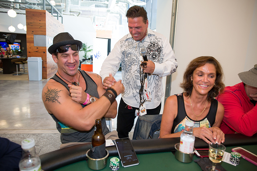peace-fund-celebrity-poker-tournament-2015-52.jpg
