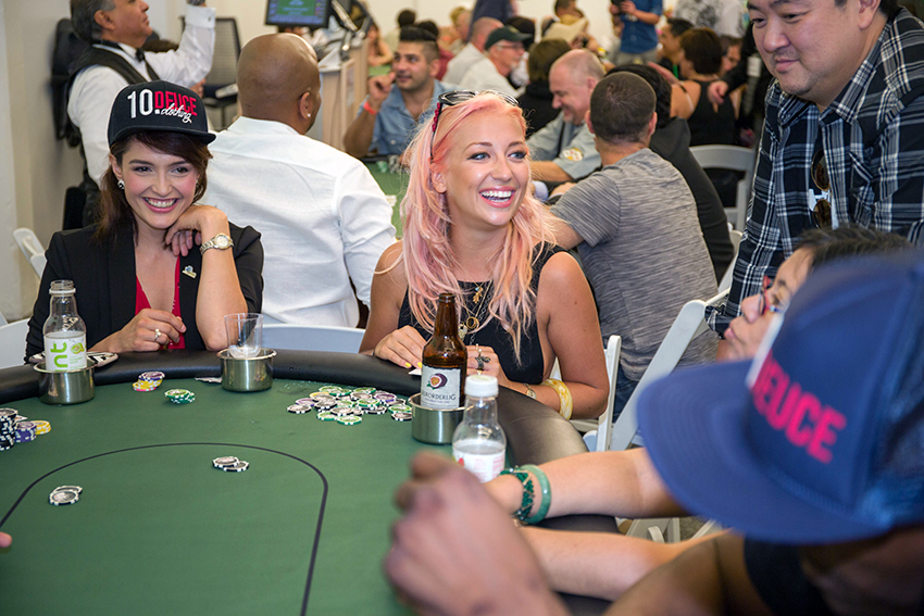 peace-fund-celebrity-poker-tournament-2015-54.jpg